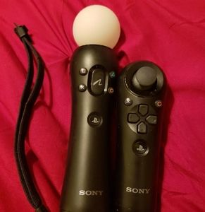 PS3 PLAYSTATION MOVE MOTION CONTROLLERS
